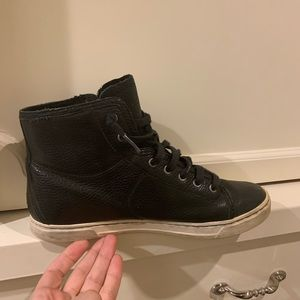 Shoes - Ugg high tops
